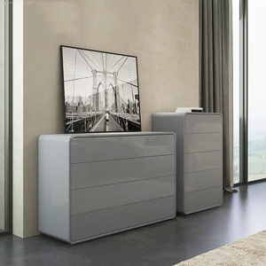 Chest of Drawers (M0069)